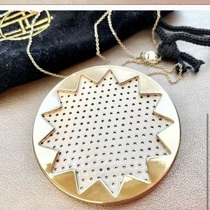 House of Harlow 1960 gold sunburst necklace
